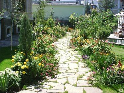 Мощение садовых дорожек из натурального камня в Алматы и Алматинской области услуги PLANTS